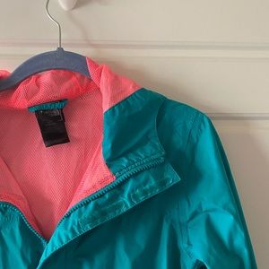 Girls North Face Windbreaker Jacket (L 14/16)